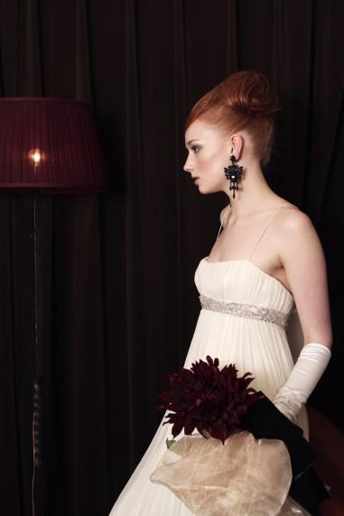 アンティーク アンティーク家具と絡めながら撮影 一般撮影 モデル撮影 ブライダル雑誌 ブライダルヘアメイク クラシック