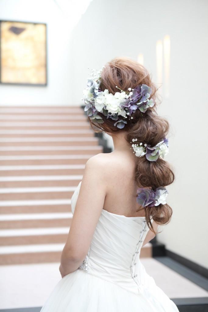 画像  ラプンツェル風も!「花をまとう」お花を使った花嫁のヘアスタイルとドレスアレンジ・アクセサリー。 , NAVER まとめ